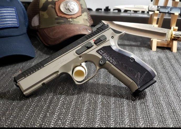 cz-gray